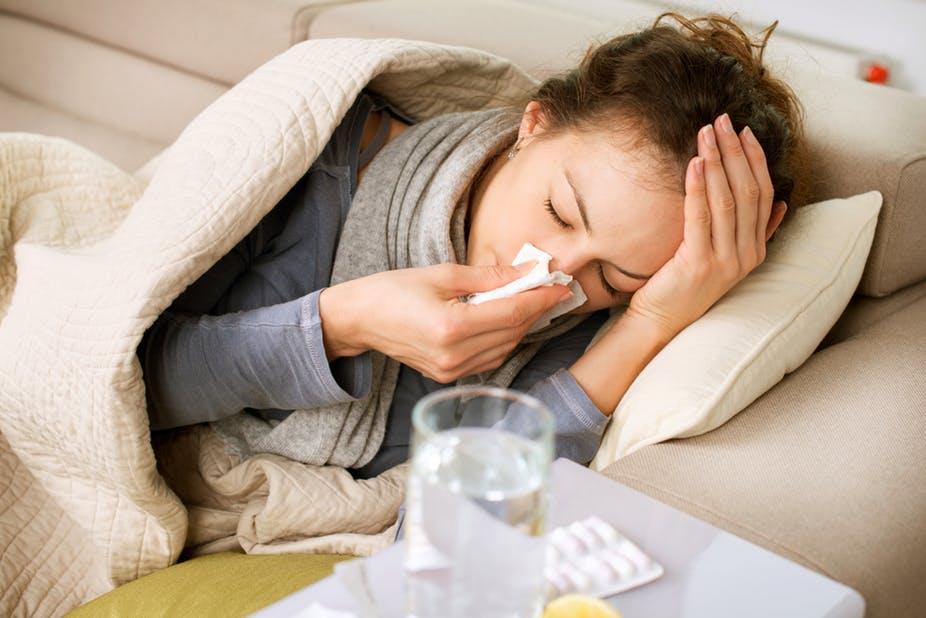کلیپ مکالمات موضوعی (بیماری ودرمان) Illnesses & treatments  4-2 He's running a high fever
